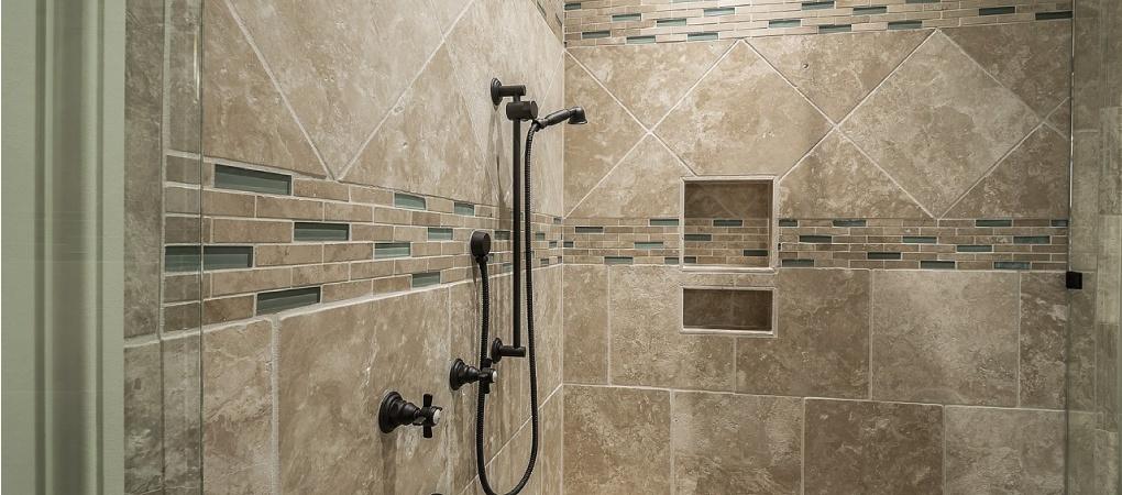 zelf badkamer betegelen