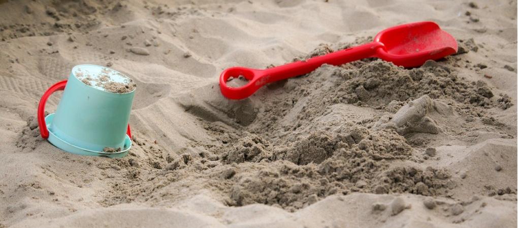 Zelf een zandbak maken stappenplan