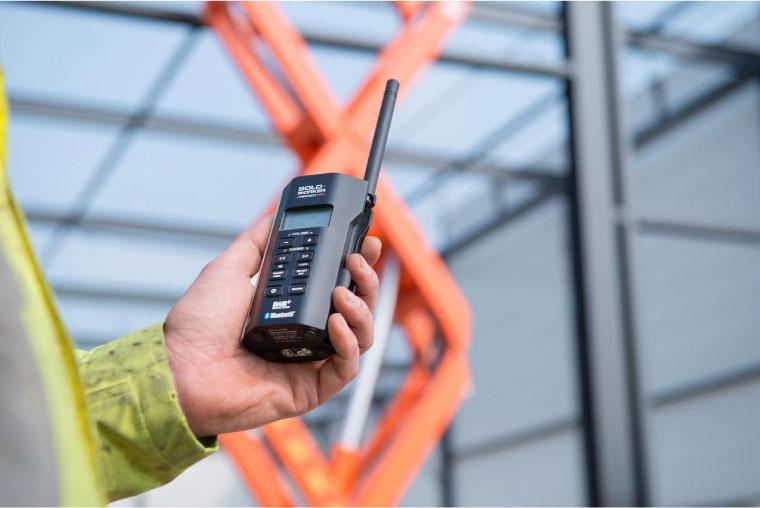 compacte en lichtgewichte werkradio